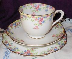 Outstanding 1930 s Royal Albert Crown China MAYTIME Trio