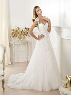 A-line Queen-anne Tulle Court Train Lace Wedding Dresses -£185.89