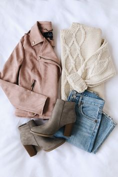 winter outfits Going to Graceland Blush Pink Suede Moto Jacket Fall Winter Outfits, Autumn Winter Fashion, Spring Outfits, Winter Style, Autumn Casual, Winter Clothes, Winter Wear, Fashion Fall, Summer Clothes
