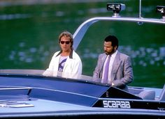 Don Johnson and Philip Michael Thomas in Miami Vice Don Johnson, Wayne Johnson, Vice Tv Show, 1980s Tv, Mejores Series Tv, Show Boat, Fast Boats, Speed Boats, Michael Thomas
