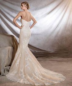 40 Best Pronovias Mcelhinneys Bridal Images Bridal Dresses