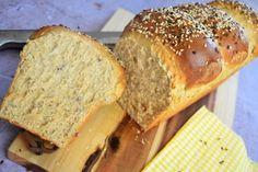 Pain de mie aux graines - recette de boulangerie Parfait, Bread, Menu Original, Desserts, Food, No Egg Cookies, Easy Bread, Cooking Recipes, Pastries