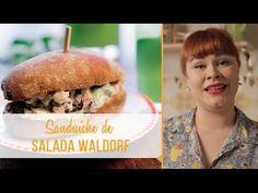 Sanduíche de Salada Waldorf e Água fresca de Melão (SUBSTITUIR NA SALADA: maionese por maionese vegetal, e retirar o frango!)