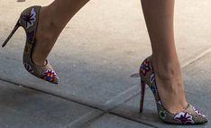 Blake Lively wears Christian Louboutin 'Miss Taos' pumps