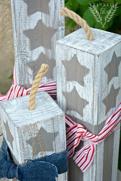 Clever idea to decorate your outdoor spaces just in time for the 4th!
