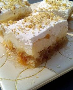 Greek Sweets, Greek Desserts, Party Desserts, Greek Recipes, Sweets Recipes, Gourmet Recipes, Greek Cookies, Greek Pastries, Baking Business