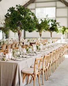 2017 Wedding Trends-Top 30 Greenery Wedding Decoration Ideas gorgeous tall tree wedding centerpieces to impress your guests Summer Wedding Centerpieces, Green Centerpieces, Centerpiece Ideas, Green Wedding Decorations, Greenery Centerpiece, Table Decorations, Round Table Decor Wedding, Tree Centrepiece Wedding, Banquet Centerpieces