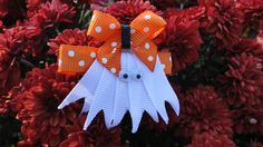Halloween ghost.............Buttons & Bows