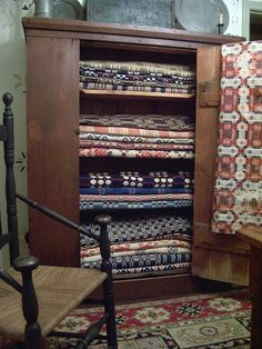 Early Primitive  Coverlet  Linsey Woolsey         . ...~♥~