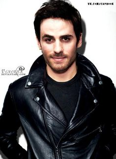 Colin in leather. Quirking that eyebrow. Sexy sexy man.