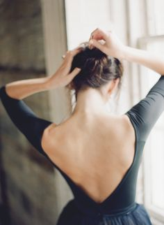 68 Ideas Photography Women Classy Chic For 2019 - Dance Leotards Ballet Photography, Photography Women, Portrait Photography, Photography Tips, Softbox Photography, Glass Photography, Photography Music, Photography Lighting, Photography Awards