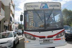 Se levantó el paro de colectivos http://www.ambitosur.com.ar/se-levanto-el-paro-de-colectivos/ Luego de la intervención de autoridades provinciales, la subsecretaria de trabajo de la provincia dictó la conciliación obligatoria en el conflicto que mantienen trabajadores de la empresa Patagonia Argentina por el cual desde las 4 de la mañana está interrumpido el servicio del transporte público de pasajeros.    Uno de los representantes
