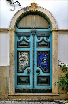 these doors are exquisite!