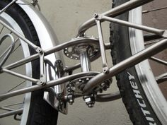 www.fixedgeargallery.com contest trailer skid index.htm Bicycle Sidecar, Old Bicycle, Cool Bicycles, Vintage Bicycles, Velo Cargo, Bike Trailer, Motorized Bicycle, Touring Bike, Bicycle Design