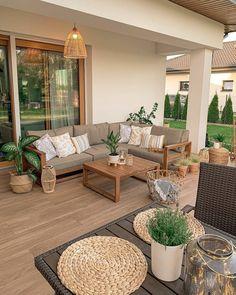 Balcony Decor, Patio Decor, Cheap Home Decor, Cozy House, Outdoor Furniture Sets, Interior, Home Decor, Furniture, Home Decor Inspiration