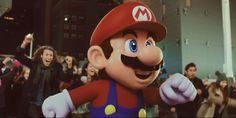 Mario ist offiziell kein Klempner mehr: Mario springt, rennt, rettet Peach, besiegt Bowser und sammelt Münzen. Zudem ist er der wohl…