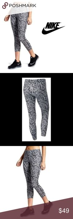 the best attitude 32384 b4924 Nike Womens Capris Leggings Black White Sz XS NWT Nike Capris Leggings  Black White Dri Fit Sz XS NWT Color Black   White. Dri-fit technology.