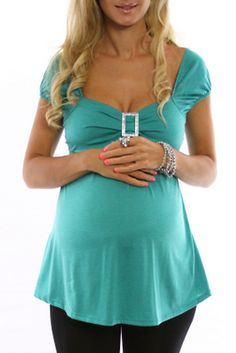 jade buckle maternity top: love this!