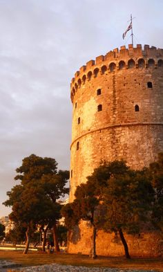 If you're going to Greece, there are many reasons to put Thessaloniki on your itinerary. It's right on the sea, it's less tourist-trodden than Athens, and it has a fascinating history. Then of course there's the food.