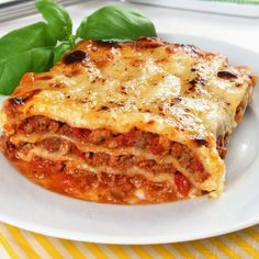 Meaning of the dream in which you see the Lasagne. Detailed description about dream Lasagne. Best Italian Recipes, Great Recipes, Lasagne Bolognese, Bolognese Sauce, Lasagne Recipes, Good Food, Yummy Food, Italian Dishes, Italian Foods