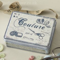 Shabby Chic, Country Accessories, Vintage Furnishings, Hanging Hearts | Live Laugh Love