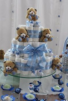 Cake diapers with teddy bears Deco Baby Shower, Baby Shower Diapers, Baby Shower Cakes, Baby Boy Shower, Baby Shower Gifts, Baby Gifts, Baby Tea, Baby Shawer, Baby Boys