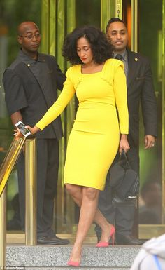 Tracee Ellis Ross .....love her style and how she just went for it with the shoe choice here!!! #popofcolor
