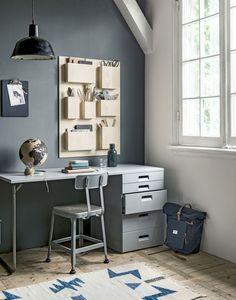 Handig je spullen opbergen met deze muur-organizer | Store your stuff in this wall-organizer | Photographer Sjoerd Eickmans | Styling Kim van Rossenberg | vtwonen October 2015