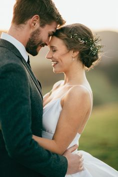 Beautiful boho rustic wedding by Chasewild Photography |