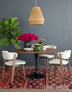 H&H's Lauren Petroff and Kai Ethier demonstrate the power of color! | Photo: Jason Stickley