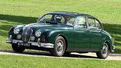 Jaguar Mk2 3.8 The cool and fast sedan