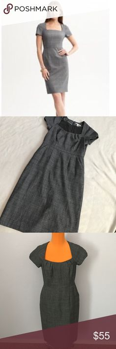 """Banana Republic Gray Plaid Wool Sheath Dress 40"""" length 17"""" armpit to armpit. Gray Plaidatetial. Front side pockets. Square neck style. Fully lined. Wool blend. Sheath Dress. Excellent condition. Bundle 2+ items for a discount Banana Republic Dresses Midi"""