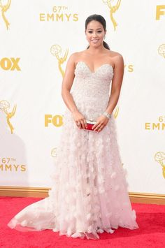Pin for Later: Seht alle TV-Stars bei den Emmy Awards Gina Rodriguez