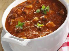 Gulaschsuppe ist ein Rezept mit frischen Zutaten aus der Kategorie Rind. Probieren Sie dieses und weitere Rezepte von EAT SMARTER!