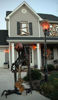 outside decor. I am so doing the boarded up windows....