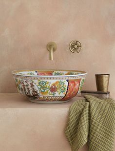 The CLARABELLE multi-coloured porcelain basin mingling elements of ancient Chinese design motifs with floral detail and hints of gold. A warm, softly hued overall effect and one of our personal favourites. Bathroom Interior Design, Decor Interior Design, Interior Decorating, Home Design, Creation Deco, House Rooms, Home Decor Inspiration, Basin, Decoration