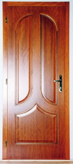 színfurnéros plattolt betétes klasszikus beltéri ajtó