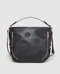 a519f86d71 Bandolera Marteta New Alexa en negro con bolsillos exteriores Fall Winter,  Handbags, Saddle Bags