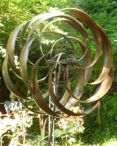 This is one of a few large metal garden stakes that turn in the wind