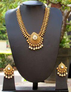 Stunning Kundan & Pearl Necklace Set