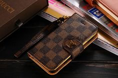 Leather Louis Vuitton iPhone 7 Wallet Case Coffee