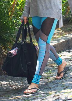 The must-have reversible Urdhva yoga leggings. Discover fitness fashion pieces at Sweaty Betty.