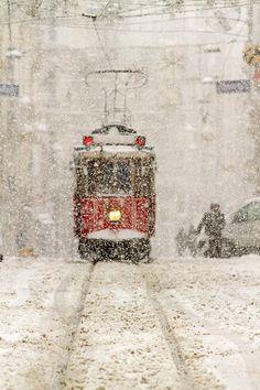 winter istanbul | photo by Mustafa Celebi