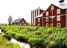 Vasa stads museer (@vaasankaupunginmuseot) • Instagram-kuvat ja -videot Finland, Westerns, Cabin, House Styles, Instagram, Home Decor, Decoration Home, Room Decor, Cabins