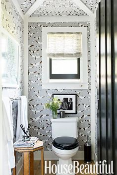 flock of seagulls. OMG this wallpaper. I'm not sure if  love it or it scares me. via @MyDomaine