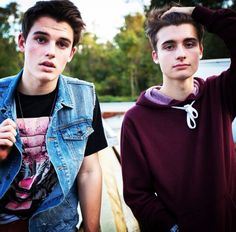 Kenny Holland and Chris Collins ( WeeklyChris )