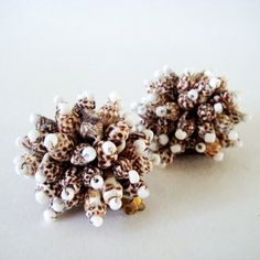 Vintage Shell Earrings, Shell Cluster Clip Earrings, 60s Beach Summer Costume Jewelry