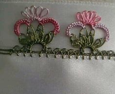 This Pin was discovered by mel Needle Tatting, Needle Lace, Bobbin Lace, Drawn Thread, Thread Work, Japanese Embroidery, Hand Embroidery, Baby Knitting Patterns, Knitting Yarn