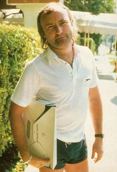 Check out Phil Collins @ Iomoio Peter Gabriel, Phill Collins, Mike Rutherford, Genesis Band, Hall & Oates, Music Pictures, Mullets, Famous Men, Fleetwood Mac
