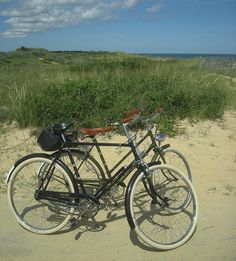 Lady's Sports and Roadster at the Beach by Lovely Bicycle!, via Flickr